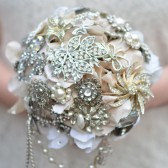 Ivory Vintage Brooch Bouquet