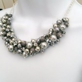 Set of 7 Bridesmaids Pearl Beaded Necklace, Bridal Jewelry, Silver Gray Cluster Necklace, Chunky Necklace, Bridesmaid Gift, Gray Necklace