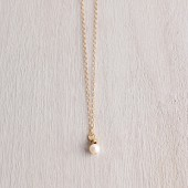 Small Simple White Pearl Gold Necklace