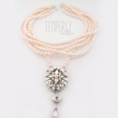 Temperly necklace