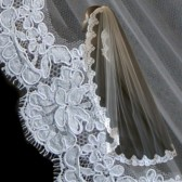 Modified Mantilla Veil w/ Alencon Lace