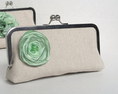 Bridesmaids clutch mint
