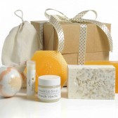 Milk & Honey Gift Box
