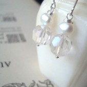 Bridal Earrings with White Crystal and Pearl