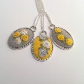Yellow floral pendant necklace