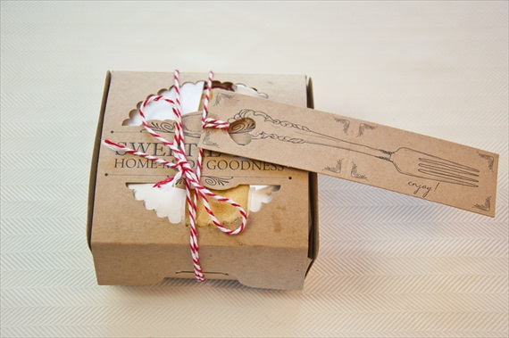 5 Easy DIY Wedding Favors: DIY Cherry Pies in a Box via EmmalineBride.com