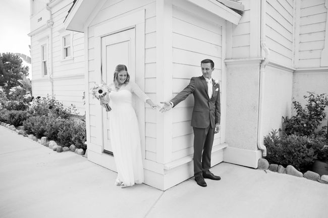 Irvine Ranch DIY Wedding | via http://emmalinebride.com/real-weddings/irvine-ranch-diy-wedding/