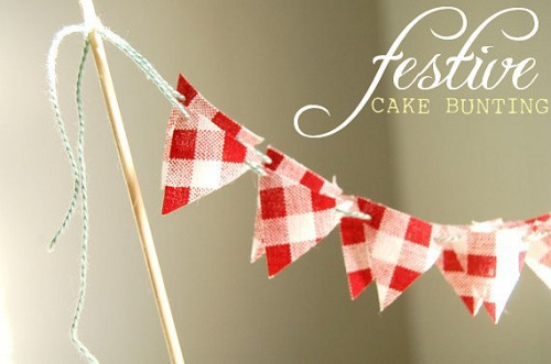 picnic wedding - gingham cake bunting