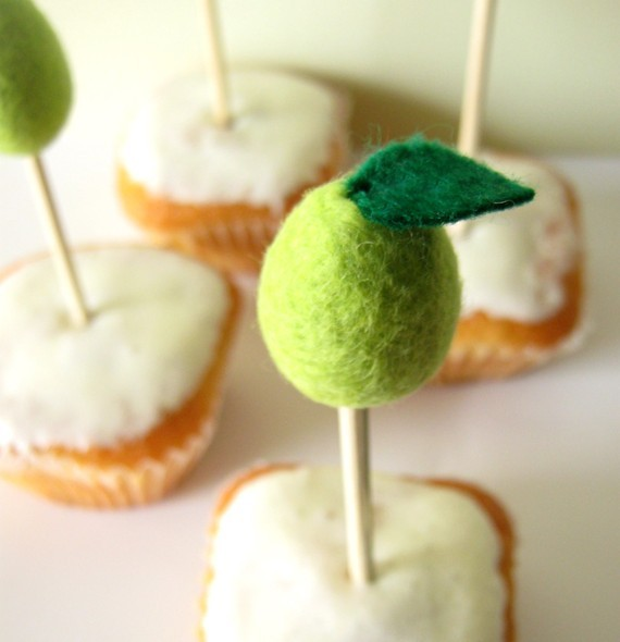 pair cupcake toppers