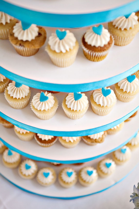 real wedding details - cupcakes
