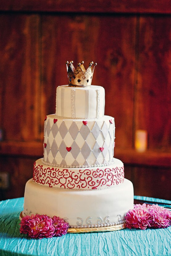 alice in wonderland wedding cake - cake large