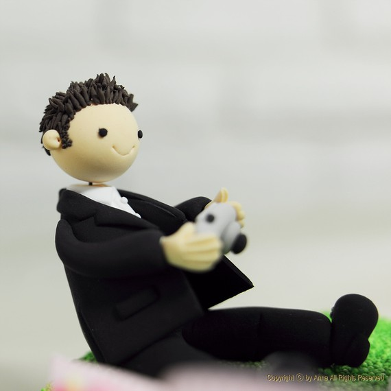 handmade cake toppers - photographer 3