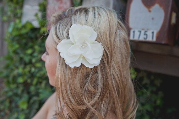 win a bridal flower fascinator