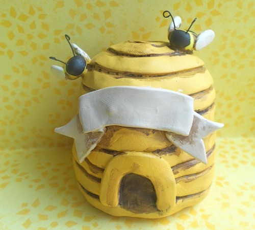 honey themed wedding - cake topper