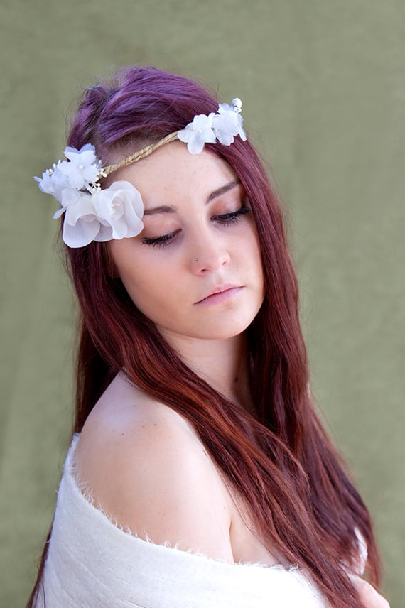 how to wear a hair crown