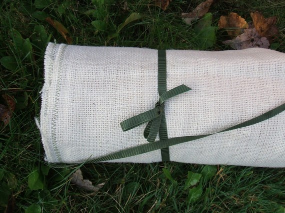 burlap wedding aisle runner