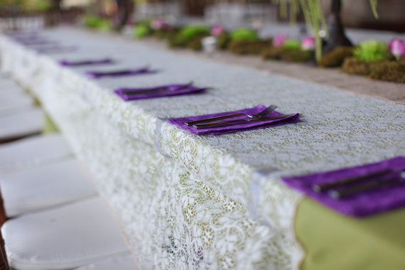 decorate wedding tables