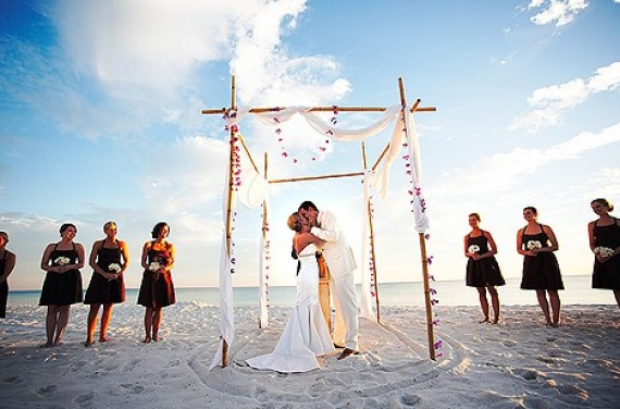 Beautiful Beach Wedding Altar Ideas 570 x 376 · 62 kB · jpeg