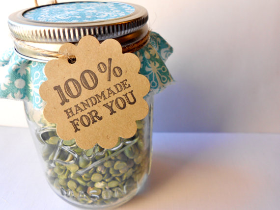 how to decorate wedding favors