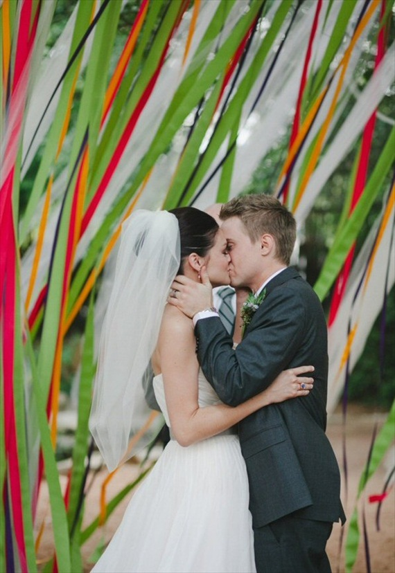 ceremony backdrops with ribbons