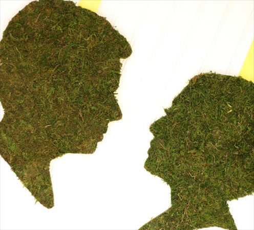 moss silhouette couple