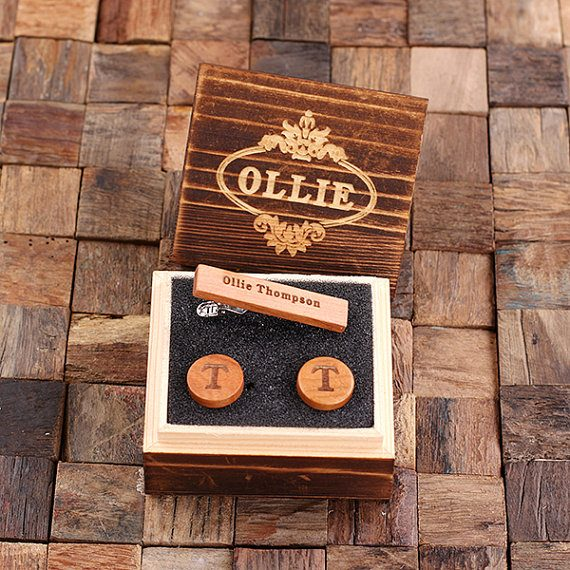 Wood cuff links, tie clip, and personalized keepsake gift box by Teals Prairie | via Wood Themed Wedding Ideas: http://emmalinebride.com/themes/wood-themed-wedding-ideas/
