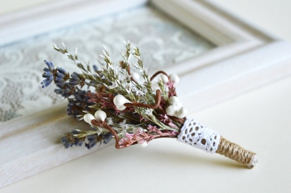 dried wildflower and grass boutonniere