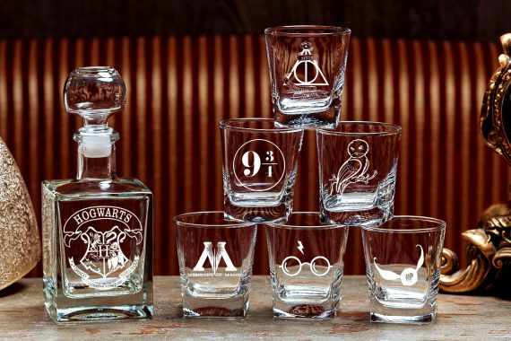 100+ Most Unique Groomsmen Gifts   via http://emmalinebride.com/groom/unique-groomsmen-gifts-2015