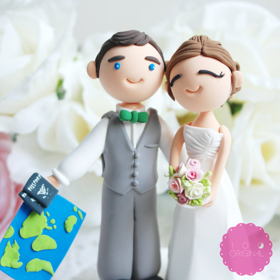 travel cake topper