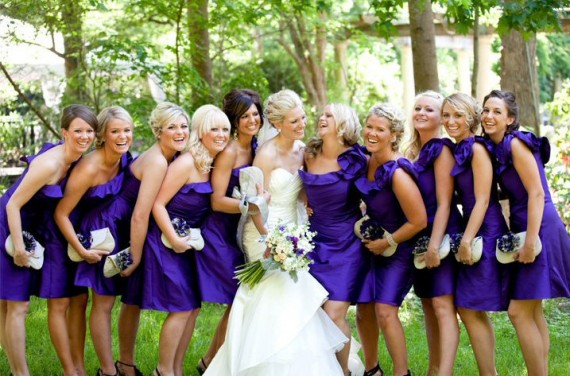 bridesmaid clutches instead of bouquets | bridesmaid clutches instead of flowers via http://emmalinebride.com/bridesmaid/clutches-instead-of-flowers/