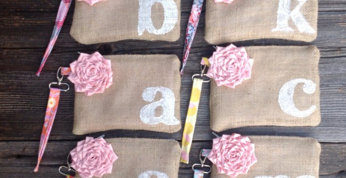 burlap wristlet clutches with pink flower