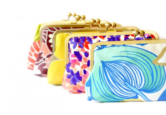 patterned bridesmaid clutches instead of flowers by loliscreations | bridesmaid clutches instead of flowers via http://emmalinebride.com/bridesmaid/clutches-instead-of-flowers/