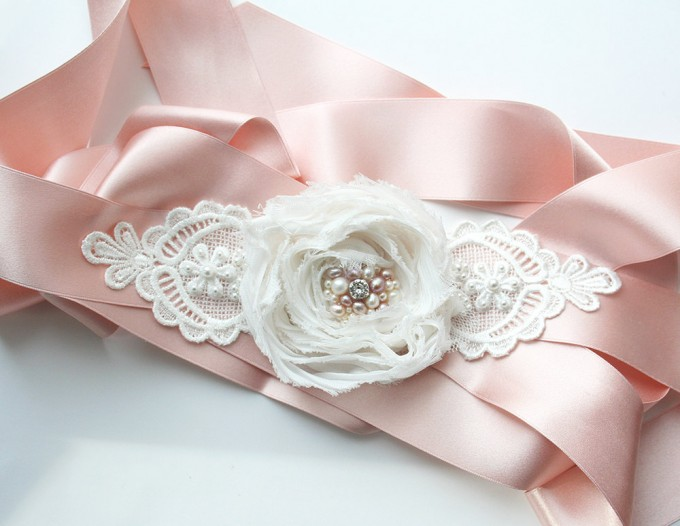 Pink dress sash with flower | by Laura Stark | sashes dress | http://emmalinebride.com/bride/bridal-sashes-dress