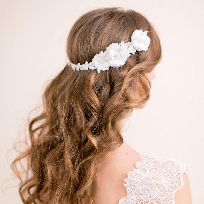 ranunculus flowers hair accessory hair down hairstyle | hairstyles accessories weddings | http://emmalinebride.com/bride/hairstyles-accessories-weddings/ | via florentes: http://etsy.me/22yo1LX