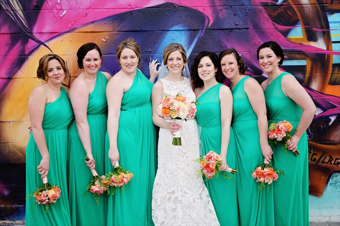 Detroit_wedding_bride_bridemaids_mint_colored_dressesDowntown Detroit Wedding - http://emmalinebride.com/real-weddings/a-beautiful-downtown-detroit-wedding-nick-jeannine/ | Michigan wedding photographer - The Camera Chick