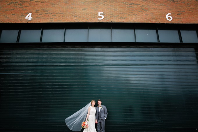 Tigers_stadium_bride_groom_detroit_wedding Downtown Detroit Wedding - http://emmalinebride.com/real-weddings/a-beautiful-downtown-detroit-wedding-nick-jeannine/ | Michigan wedding photographer - The Camera Chick
