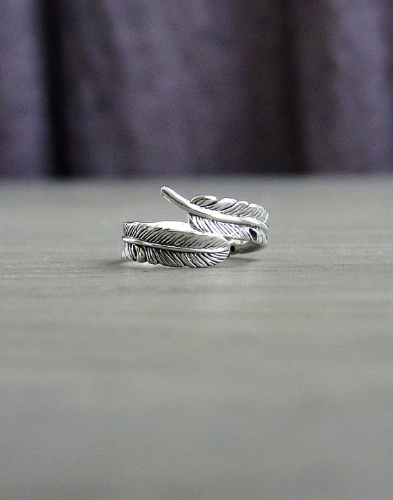 feather ring by laplumeblanche | unique gifts for mom