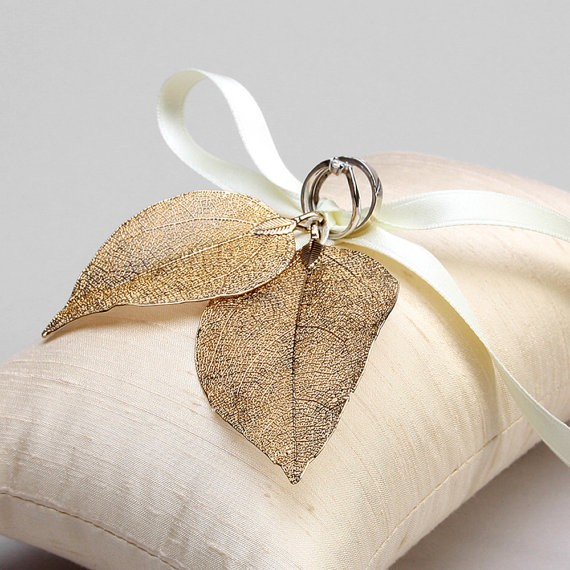 gold leaf ring pillow by louloudimeli | 41 Beautiful Rustic Ring Pillows Etsy | https://emmalinebride.com/rustic/ring-pillows-etsy-weddings/