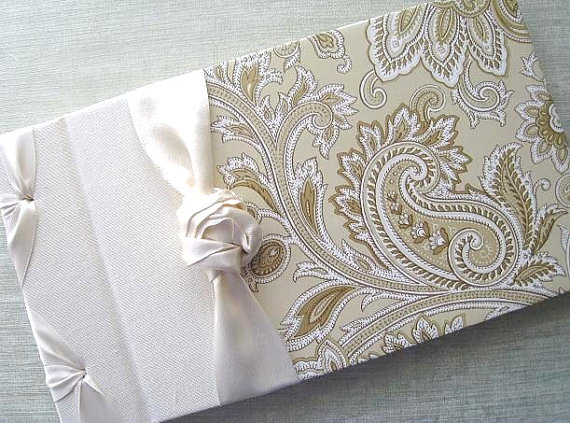 traditional guest book ideas http://emmalinebride.com/guest-book/traditional-guest-book