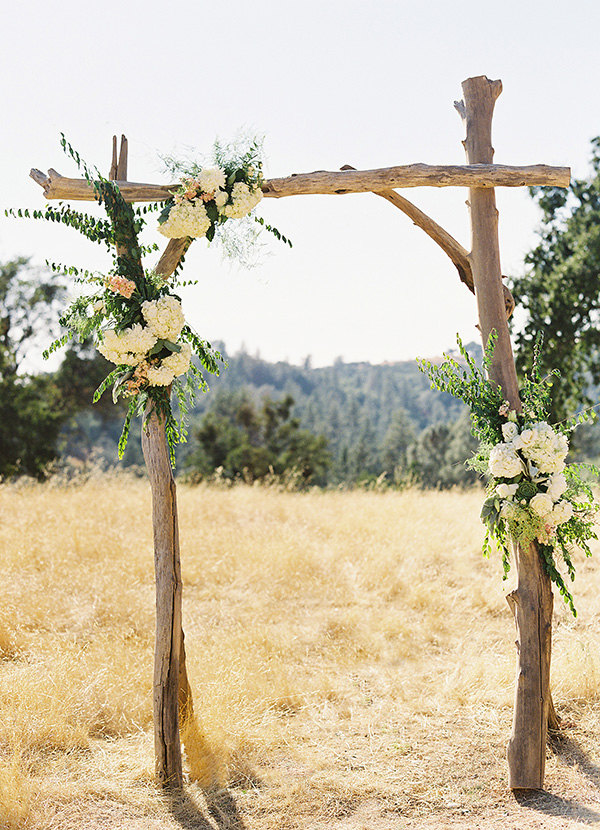 driftwood arch by saltygirlandlongdog | Where to Buy Wedding Arches | //emmalinebride & Where to Buy Wedding Arches for Outdoor Ceremony? | Emmaline Bride