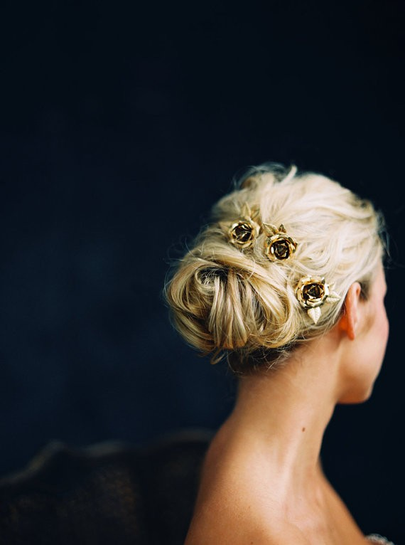 floral headpiece with gold flower pins | 50+ Best Bridal Hairstyles Without Veil | http://emmalinebride.com/bride/best-bridal-hairstyles
