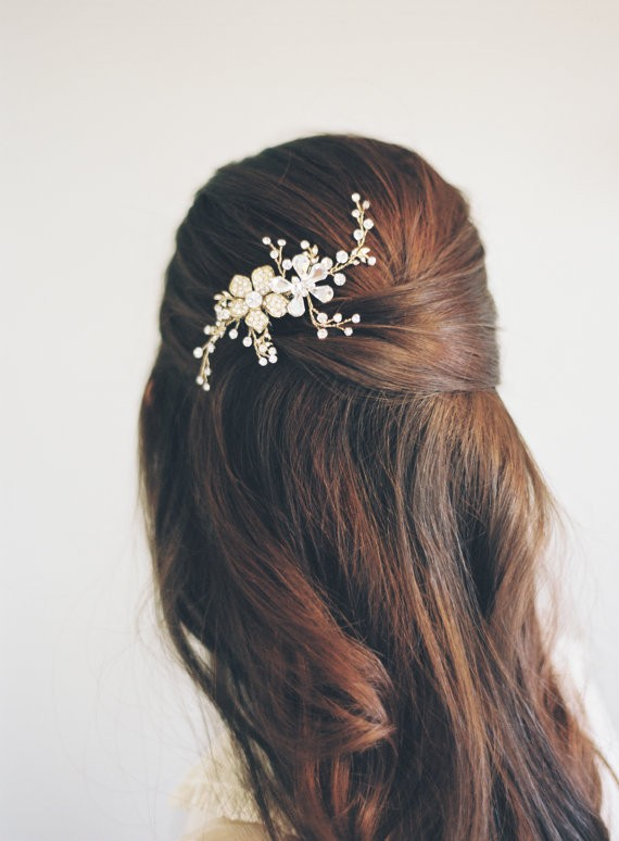 hair down hairstyle | 50+ Best Bridal Hairstyles Without Veil | http://emmalinebride.com/bride/best-bridal-hairstyles