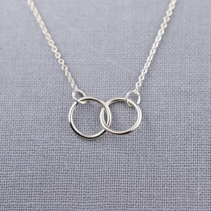 interlocking rings necklace by lilyemmejewelry