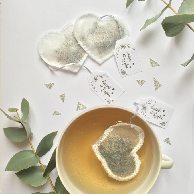 custom tea bags by tea heritage | http://emmalinebride.com/favors/custom-tea-bags/