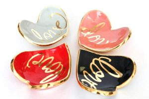 heart-shaped-ring-dish