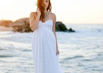 bohemian-beach-wedding-dress-by-loveraveglia