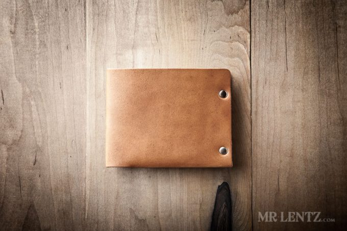 Leather Wallets Groomsmen Will Love as Gifts | By Mr. Lentz | http://emmalinebride.com/gifts/leather-wallets-groomsmen-gifts/