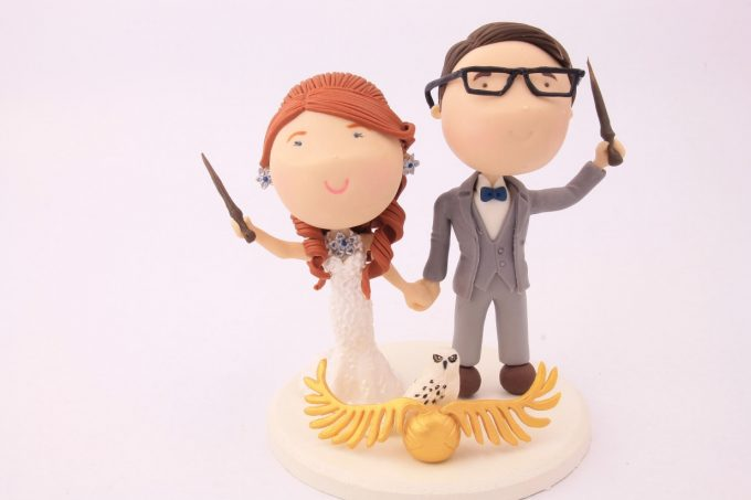 Harry Potter Wedding Cake Topper | http://emmalinebride.com/wedding-ideas/harry-potter-cake-topper/