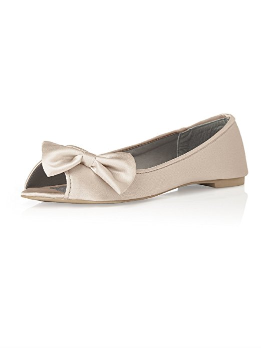 Peep Toe D'Orsay Flats | 21 Wedding Flats That Will Look Beautiful for the Bride - http://emmalinebride.com/bride/wedding-flats-bride/