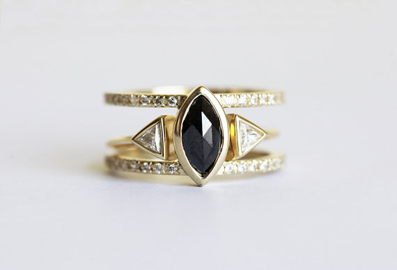 black-diamond-engagement-ring-by-capucinne-1